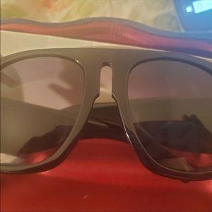 Gucci oversizd Aviator sunglasses gg015s2 black